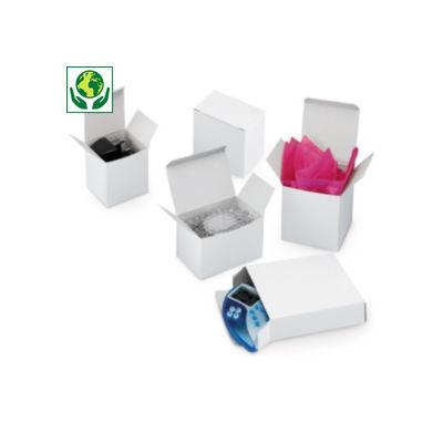 Bílé krabičky z hladké lepenky