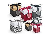 Boîte cadeau avec ruban gros grain