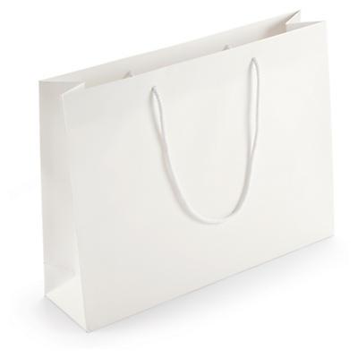 Darčekové tašky z matného papieru cez rameno