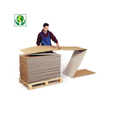 Eindeloos gevouwen karton