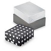 Elegant mønstret gavepapir på rull