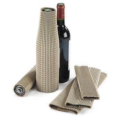 Manchon en carton pour bouteilles##Flexibler Wellpappschutz