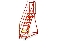 Heavy duty mobile safety steps