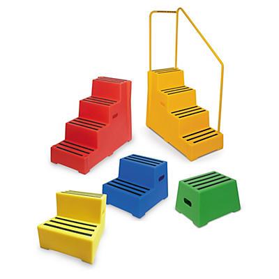 Heavy duty portable steps