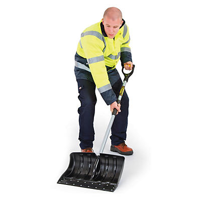 Heavy duty snow shovel