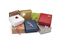 Klasyczny kolorowy papier pakowy na prezenty