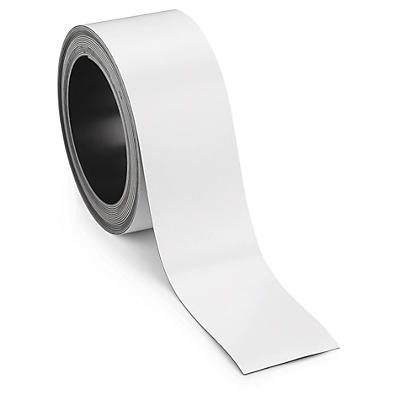 Magnetic labels on a roll
