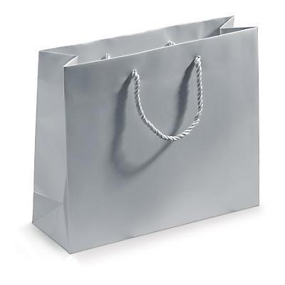 Mattlackade bärkassar av kraftigt papper med bottenplatta