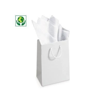 Papel de seda blanco en hojas