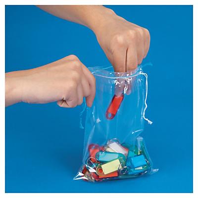 Plastpåsar med förslutningssnöre