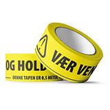 """PVC-tape med trykk """"VÆR VENNLIG OG HOLD 2 METER AVSTAND"""" 50 mm x 66 m"""