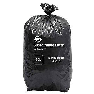 Staples Sacchi per nettezza urbana, Materiale riciclato, Per rifiuti normali, 30 l, 35 micron, 440 x 680 mm, Nero, Rotolo da 25 sacchi (confezione 25 pezzi)