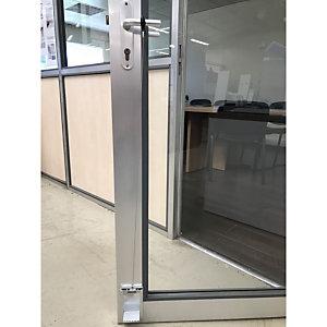 Système d'ouverture de porte avec le pied