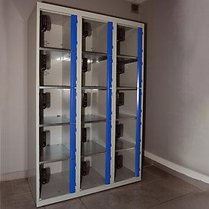 Vestiaire  3 x 5 cases gris/ bleu  portes plexi  à serrure E10 à code électronique