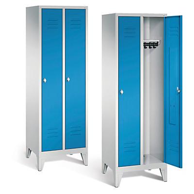 Vestiaire à portes bleues##Garderobekast met blauwe deuren