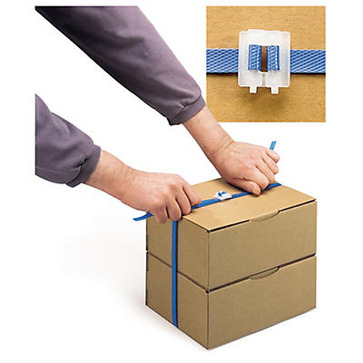 Zak met 1000 plastic gespen voor het omsnoeren met polypropyleenband